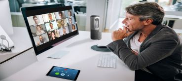 Having a Zoom Connection Problem during Business Meeting? Here's The Solutions