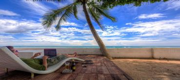 Do you want to take your business on the road? Here's how to get internet while traveling.